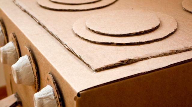 Cocina de cartón para niños